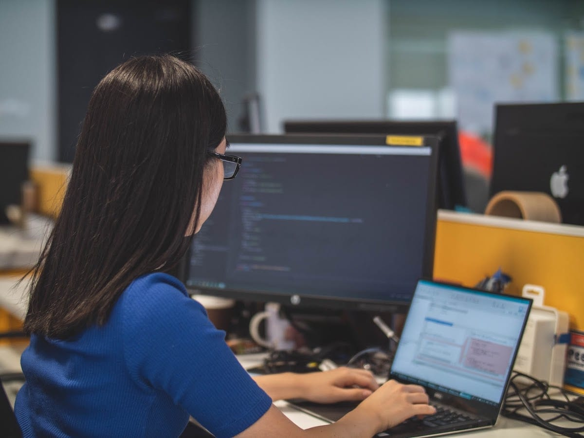 Coding Bootcamp Scholarships for Women in Technology
