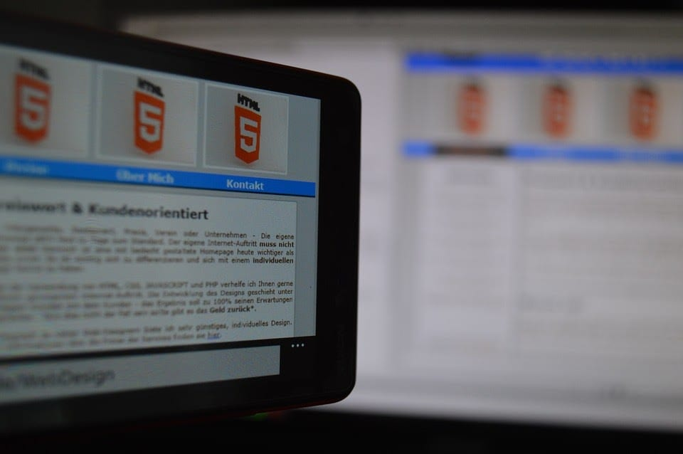Flash vs HTML5: Everything You Need to Know
