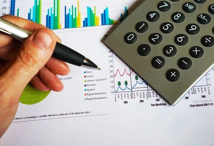 Online Master's Degree in Finance: A Guide