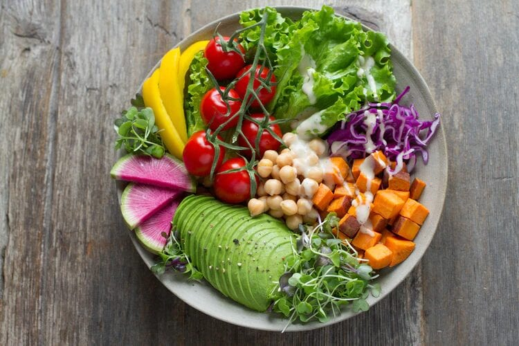 Key Steps to Become a Nutritionist or Dietician
